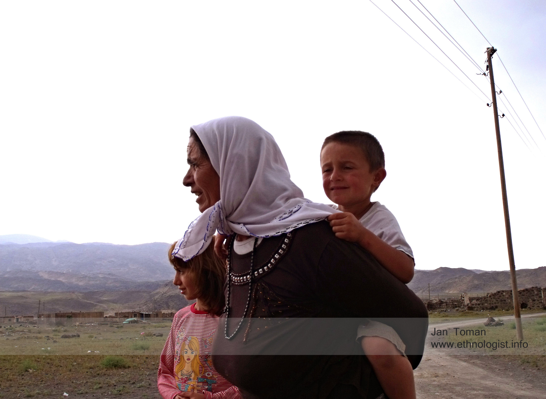 Woman with children near to the Ararat