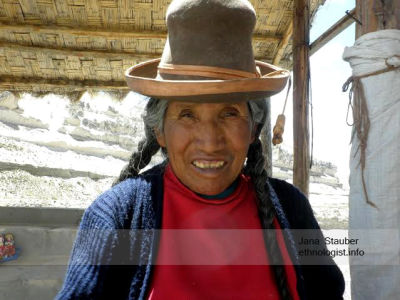 The Peruvian Saleswoman