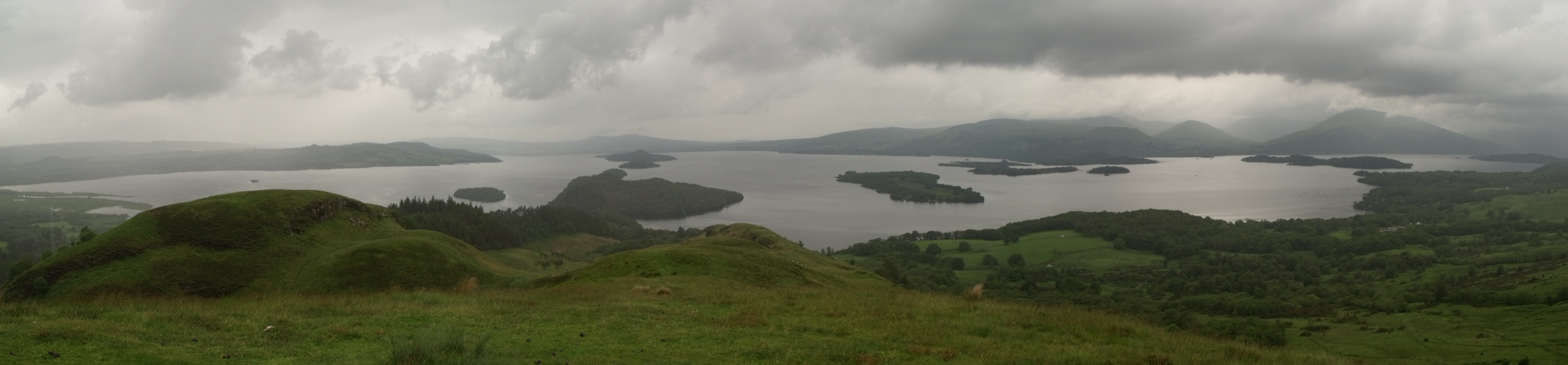 The panoramatic view on Loch Lomond. Photo: Jan Toman