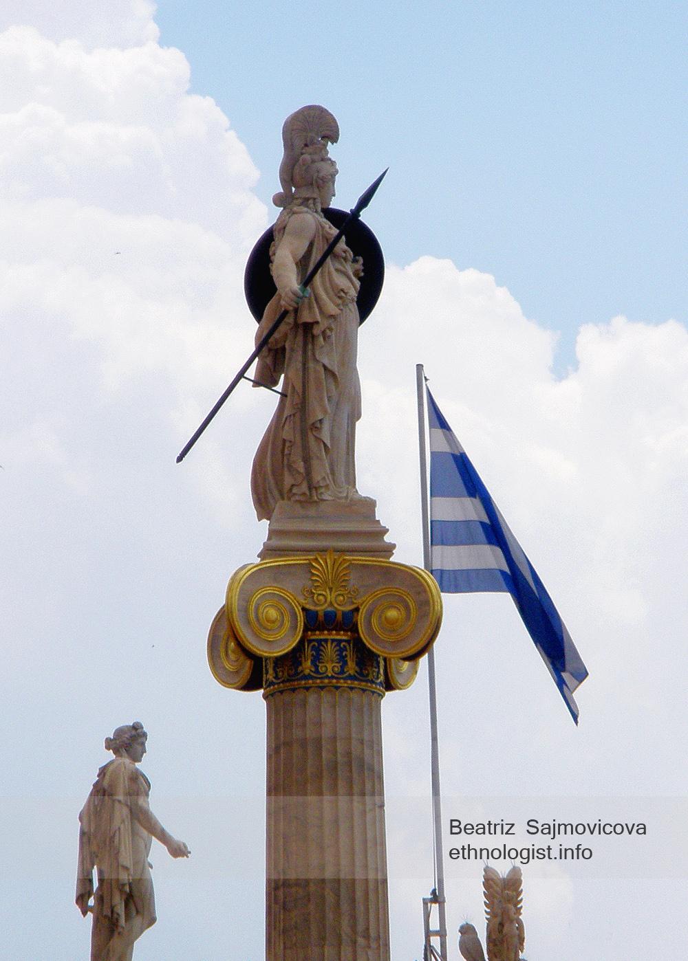 Pallas Athéna - řecká bohyně moudrosti a vítězné války. Foto: Beatriz Šajmovičová, Olympus, 2010.