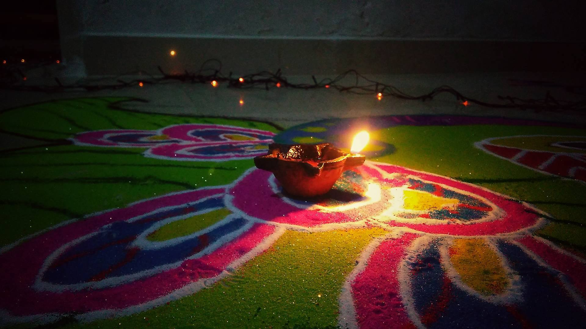 The burning candle during the Diwali. Photo: Navjyot Vyas, Gujarat, 20116.