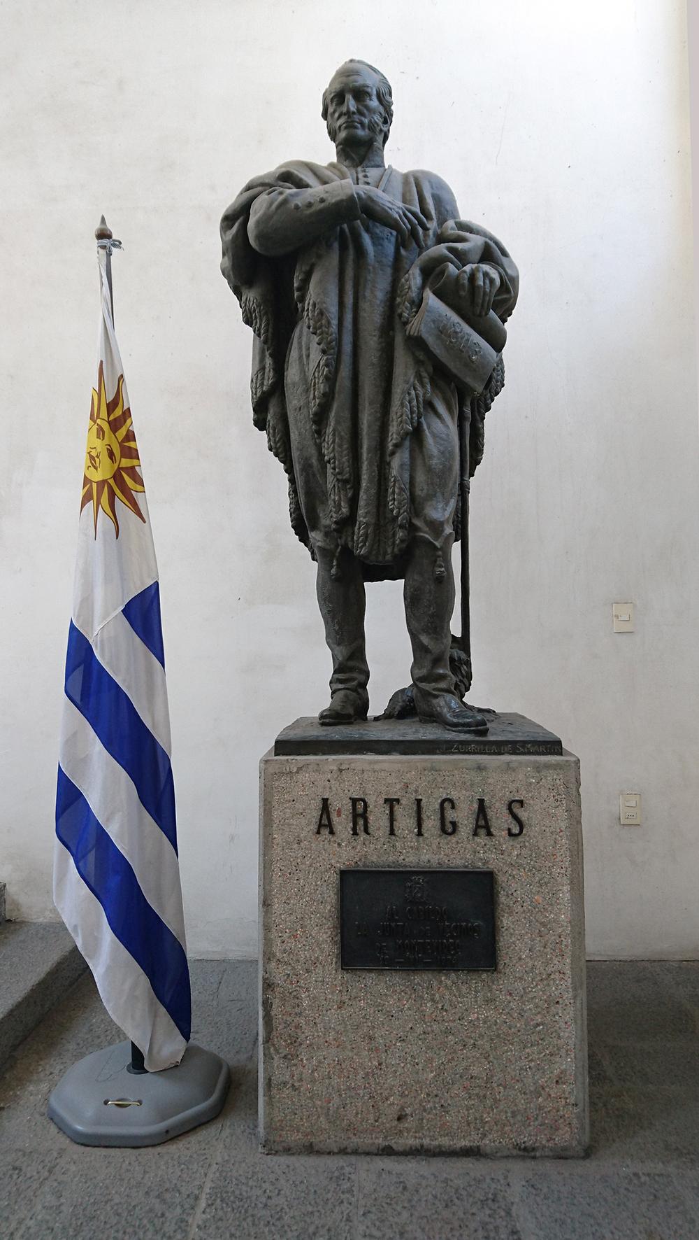 The statue of José Artigas in the Museo Histórico Cabildo. Photo: Barbora Sajmovicova, 2016, Uruguay.