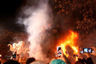 Las Fallas aneb španělské město v plamenech