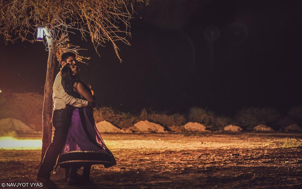 Noční svatební fotografie. Foto: Navjyot Vyas