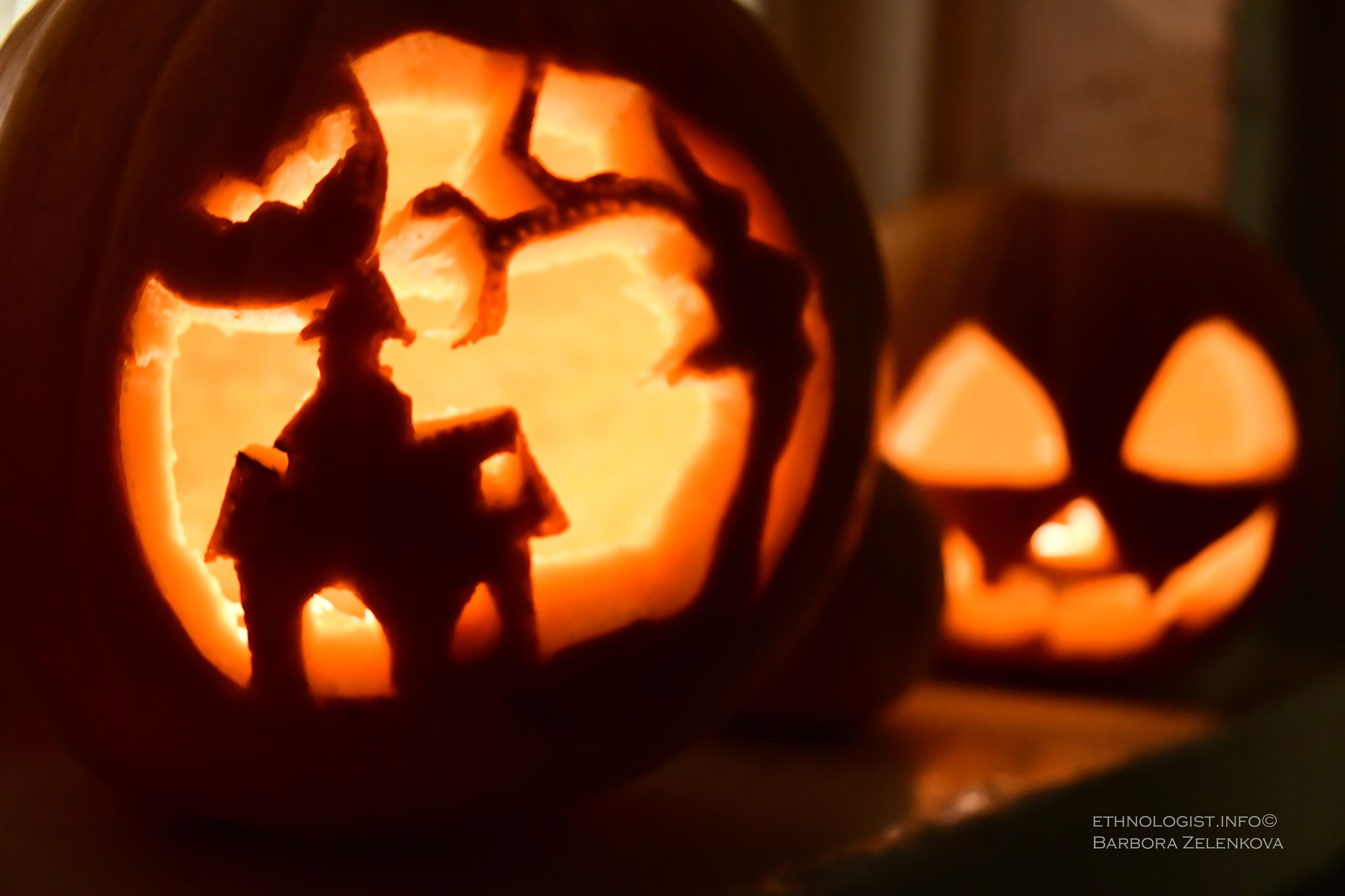 Ke svátku Halloween neodmyslitelně patří dlabání a vyřezávání dýní, zvané jack-o´-lantern. Foto: Barbora Zelenková, Londýn, 2017.