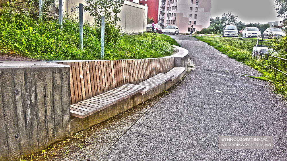 A wooden benches are welcomed not only by retirement people. Moreover, the monotony design of a city is broken. Photo: Veronika Vopelkova, 2017.
