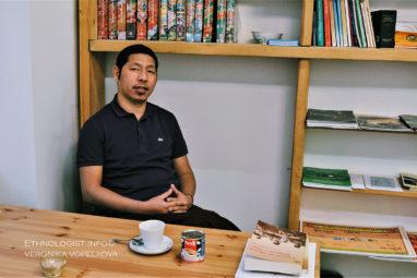 Rozhovor s tibetským mnichem v Praze