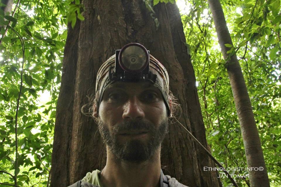Jan Toman při dobrovolnické práci aneb selfie v pralese. Foto: Jan Toman