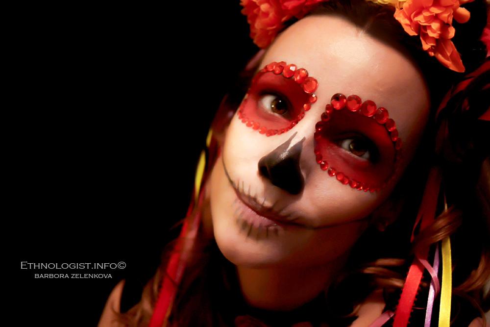"""K mexickému svátku Día de los Muertos nepochybně patří i tzv. make-up """"sugar skull"""". Foto: Barbora Zelenková, Londýn, 2018, Nikon D500."""